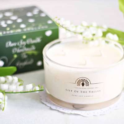 Lily 3 wick Candle