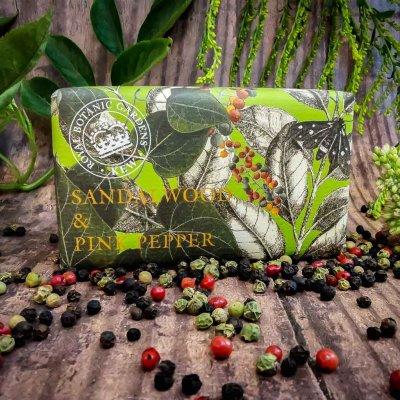 KGS0005 Kew Gardens Sandalwood Pink Pepper Soap Bar low res