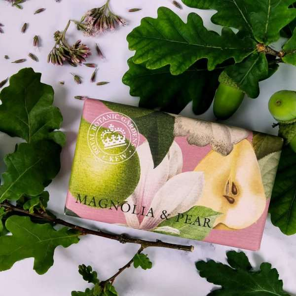 KGS0009 Kew Gardens Mgnolia Pear Soap Bar