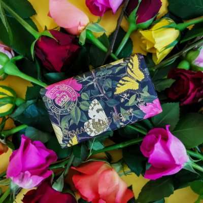 KGS0016 Kew Gardens Osmanthus Rose Soap Bar