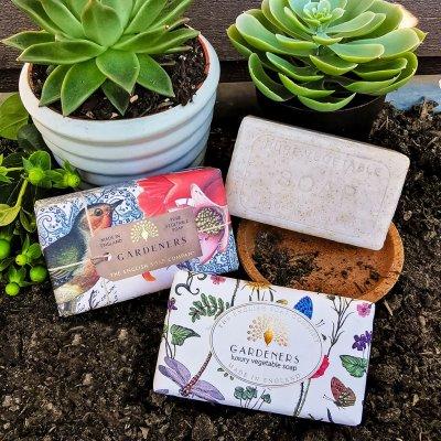 Anniversary Vintage Gardeners Exfoliating Soap Bar