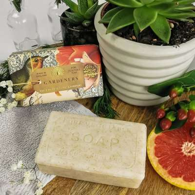 Anniversary Gardeners Exfoliating Soap Bar