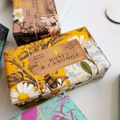 Anniversary Honey and Camomile Soap Bar
