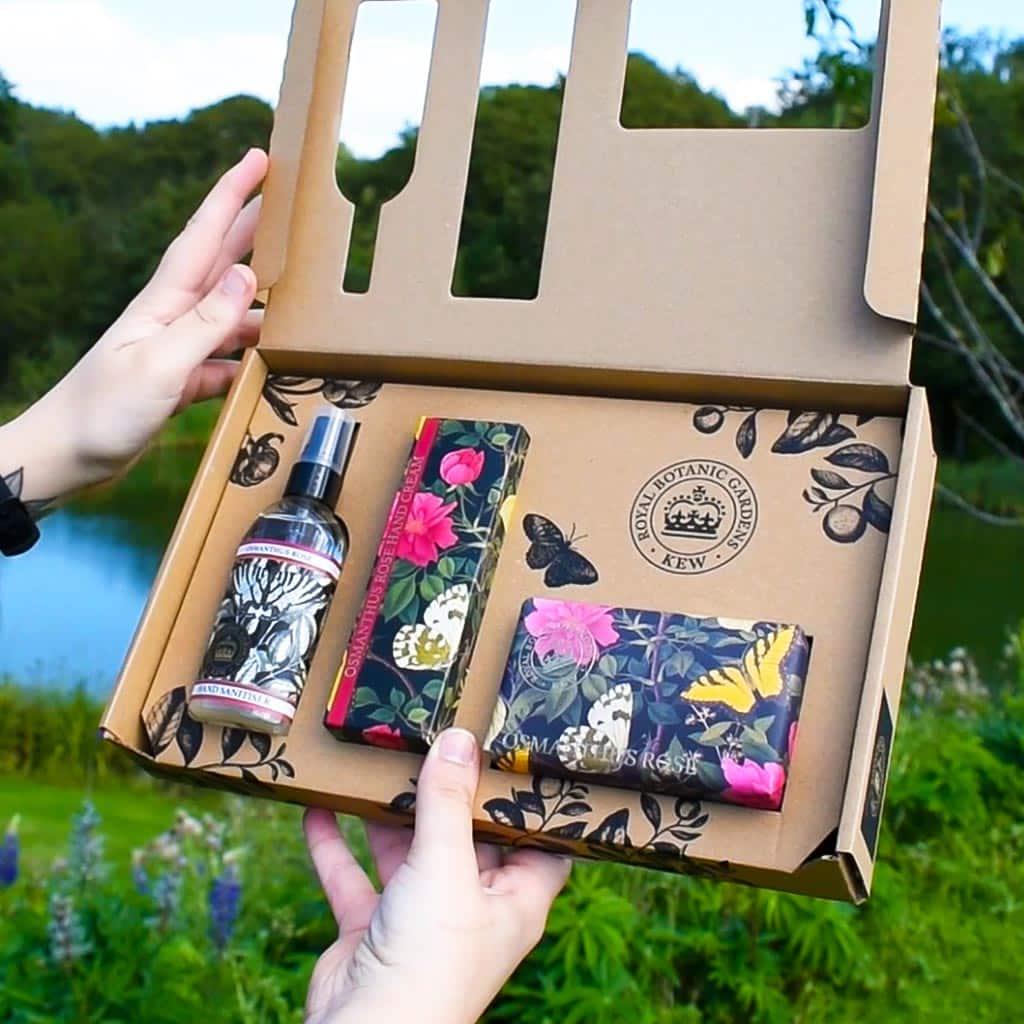 Kew Gardens Osmanthus Rose Hand Care Gift Box Hands