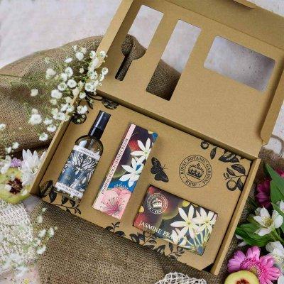 Kew Gardens Jasmine Peach Hand Care Gift Box